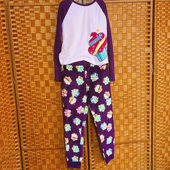 Girls winter pajama set